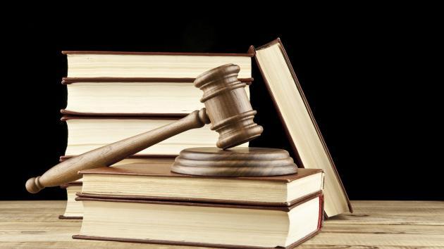 Landboforening møder tidligere kontorleder i retten