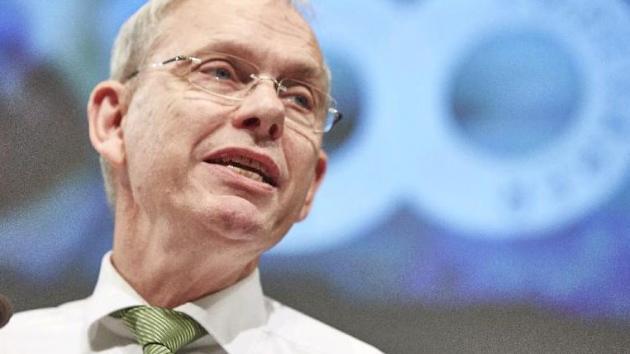 Martin Merrild på talerstolen ved delegeretmøde 2014, 5-11-2014.