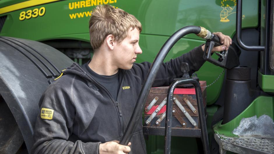 a647013f4ff Siden 25. november er prisen på diesel faldet med en tredjedel. Arkivfoto