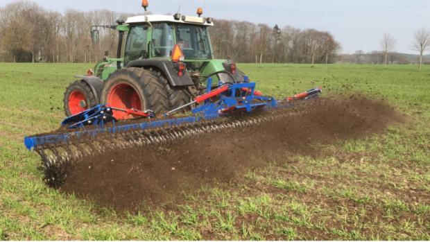 GST Biostar og kaldt stjernerullerenser til brug i almindelige afgrøder såsom korn og majs. Foto: Jacob Gubi, GST Denmark.
