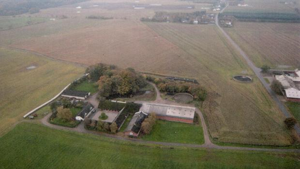 Gården skovslund ved Slagballe. Landmanden Ramus Peter Nielsen var femte generation på gården.